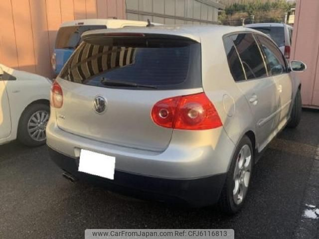 volkswagen-golf-wagon-2006-5286-car_bed5583e-be9a-47d9-bcd9-64251be45f34