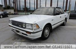 toyota-crown-1990-2957-car_c0992365-214d-4466-a571-5ac01c44ed9f