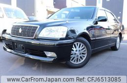 toyota-crown-2001-3574-car_d038ff33-8da9-4599-87f7-9d2c57bba31d