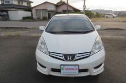Honda Fit Shuttle 2012