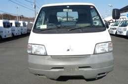 Mitsubishi Delica Truck 2005