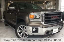 gmc-sierra-2014-61340-car_d4e6b100-6556-4c26-ab25-48a7f7a54bad