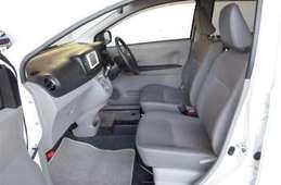 Toyota PIXIS EPOCH 2013