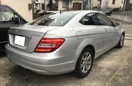 Mercedes-Benz Mercedes-Benz Others 2012