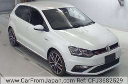 Volkswagen Others 2015