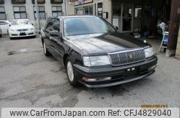 toyota-crown-1995-5534-car_e43d195d-e636-4378-b408-e430aafa740e