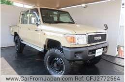 Toyota Land Cruiser Pickup 2015