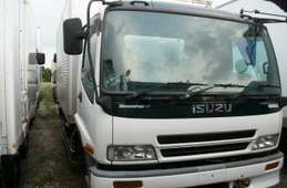Isuzu Forward 2004