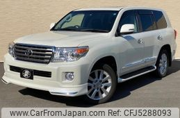 toyota-land-cruiser-200-2014-57788-car_efa59a01-08ad-4bb8-a003-3883b7eb93b5