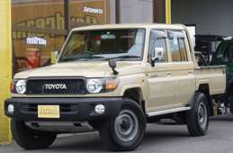 Toyota Land Cruiser Pickup 2015