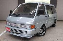 Nissan Venette Largo Coach 1992