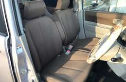 Nissan ROOX 2011
