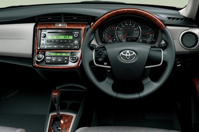 Toyota Corolla Axio TOYOTA COROLLA AXIO 1 5LUXEL 2014