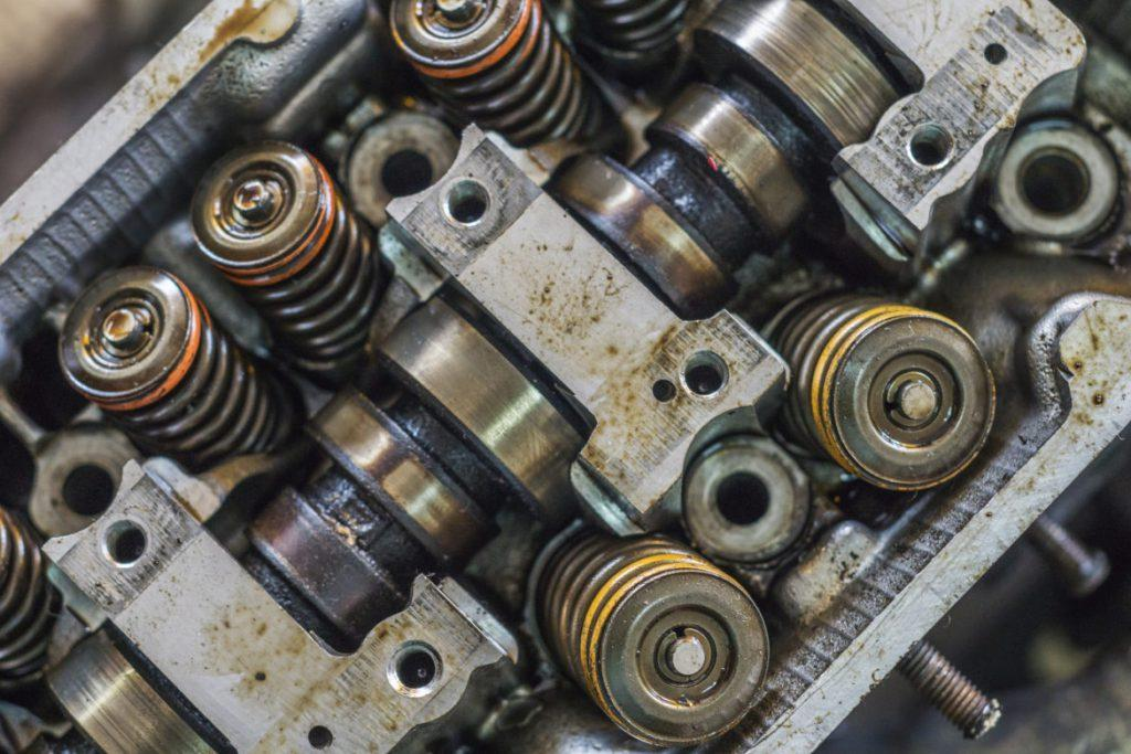Cracked Head Gasket Symptoms And How To Repair - CAR FROM JAPAN