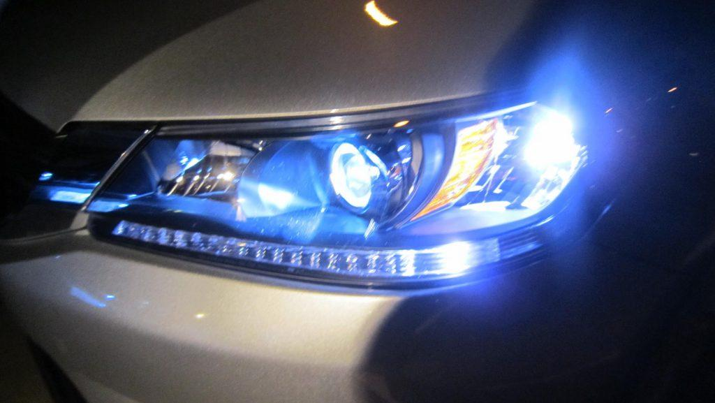 Headlights For Cars >> 4 Ways Hid Headlights For Cars Improve Your Driving Car From Japan