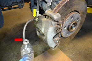 How To Bleed Brake Lines >> How To Get Air Out Of Brake Lines Without Bleeding Car