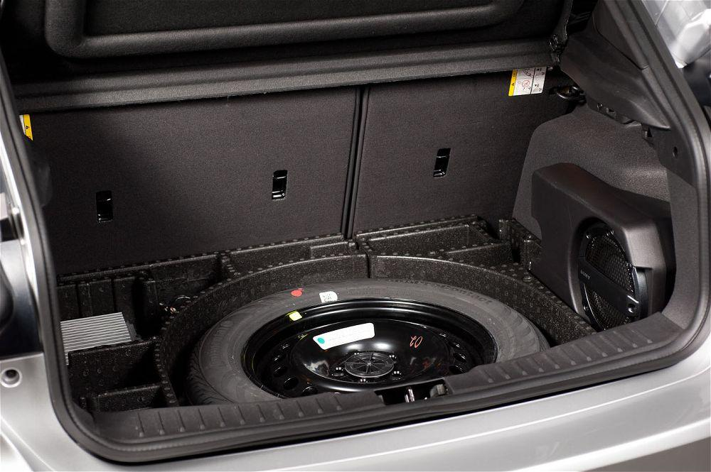 spare tire meaning and some interesting facts car from japan. Black Bedroom Furniture Sets. Home Design Ideas