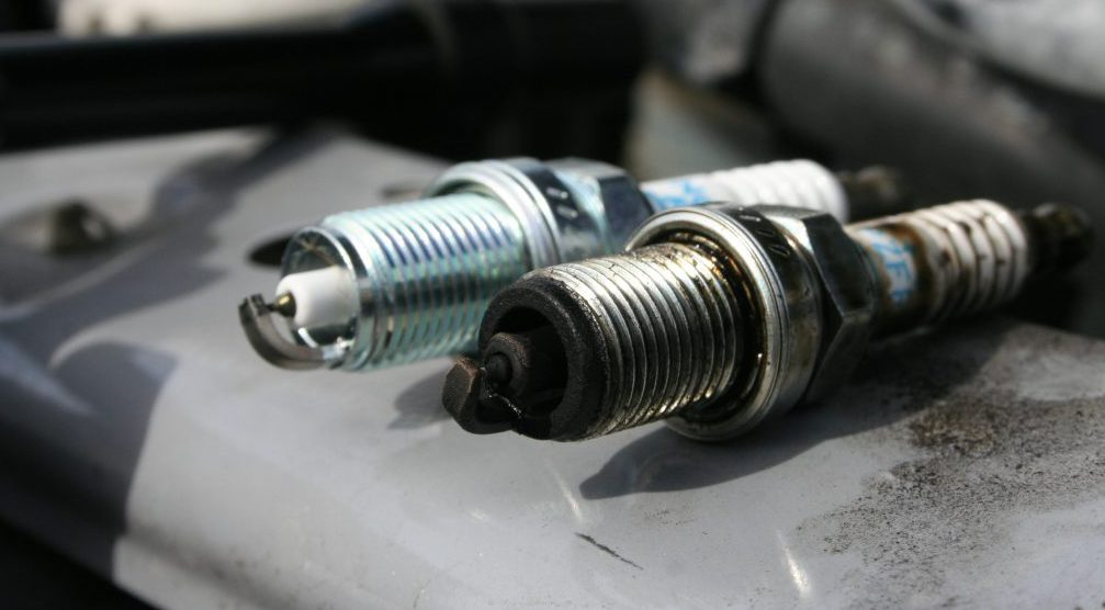Understand How To Read The Spark Plug Color - CAR FROM JAPAN