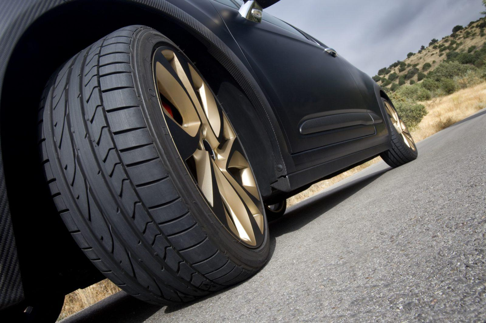 how to move a car with flat tires
