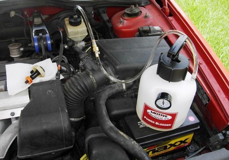 low gearbox oil symptoms