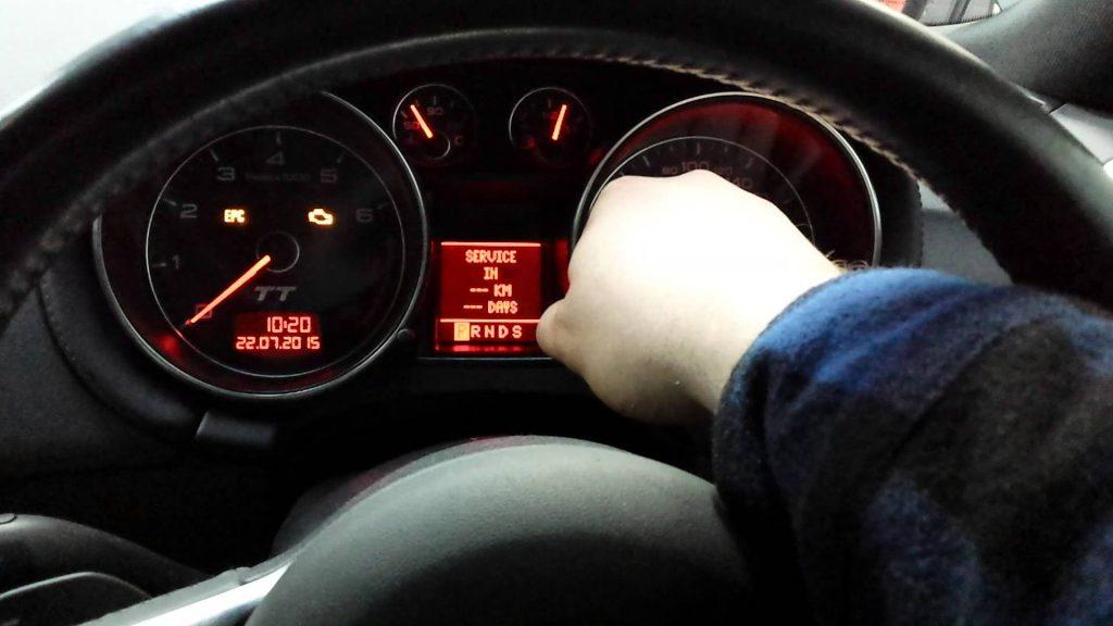 Low Tire Pressure Light BUT Tires Are Fine Issue: Here is How To Fix