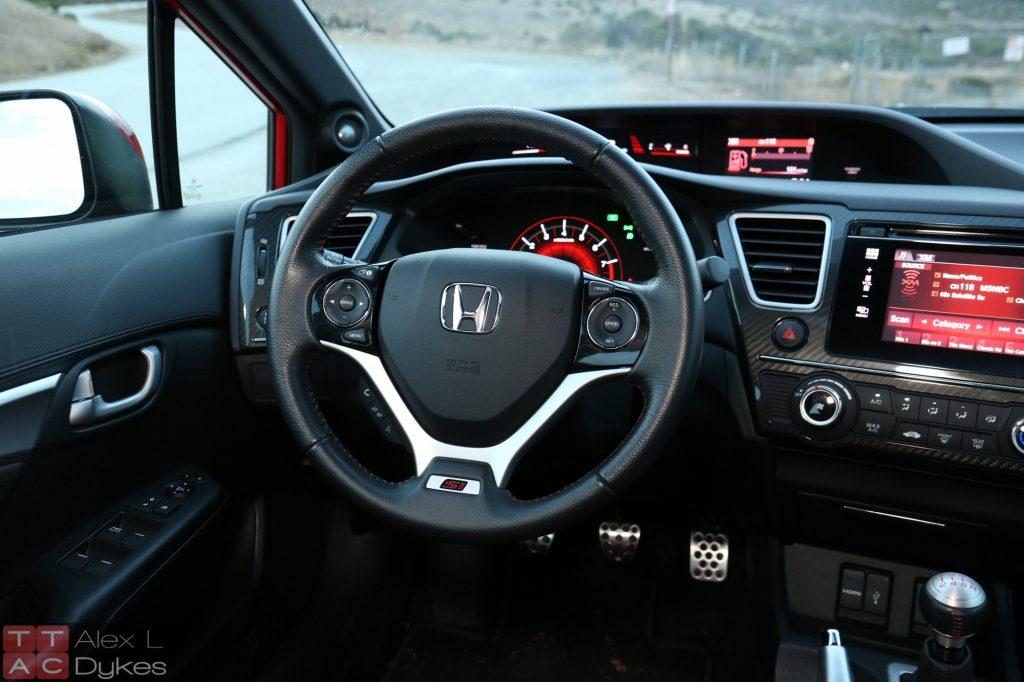 honda fit vs civic what s the difference car from japan. Black Bedroom Furniture Sets. Home Design Ideas