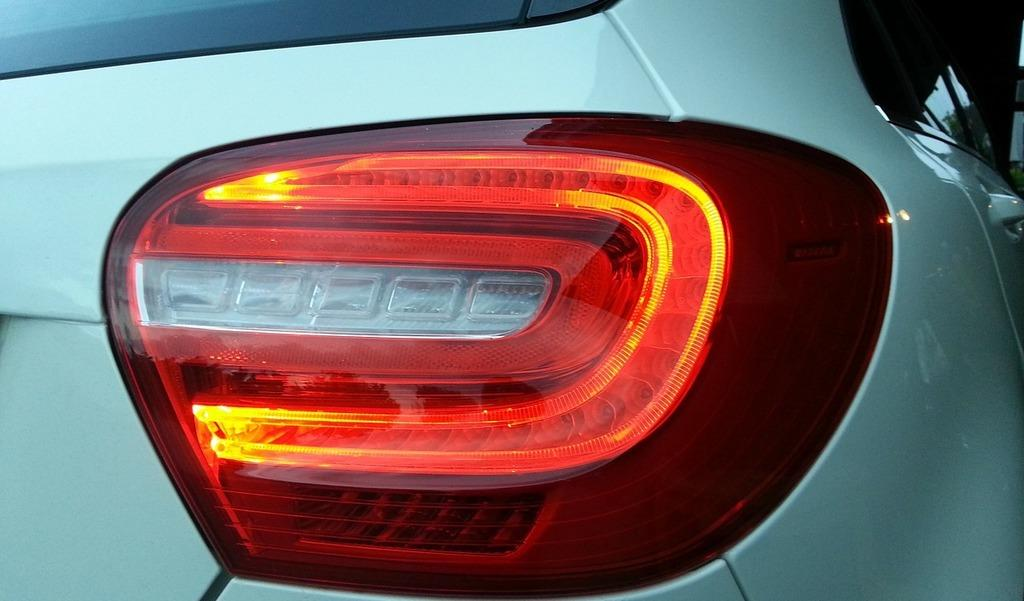 5 Reasons Why Brake Lights Not Working but Tail Lights Are