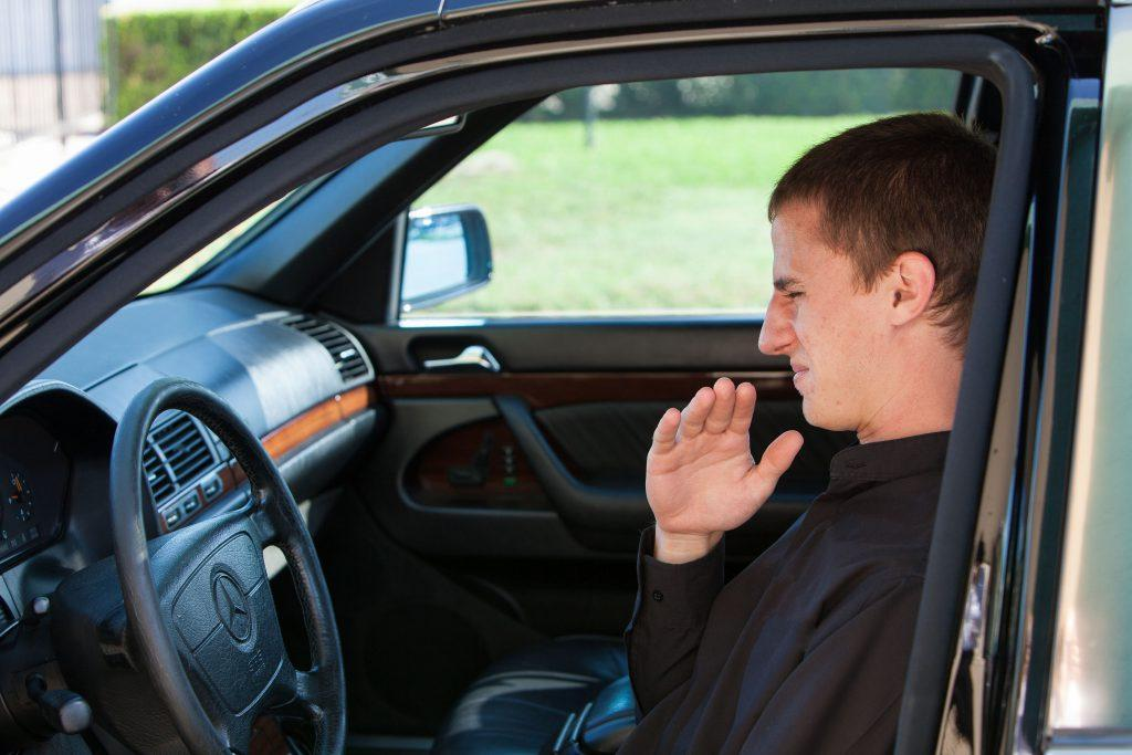 4 Different Types of Burning Smell From Car: Main Causes and