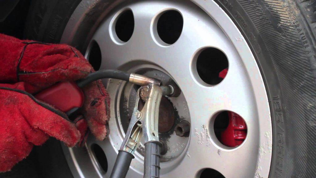 8 Warning Signs of Brake Problems You Should Never Ignore