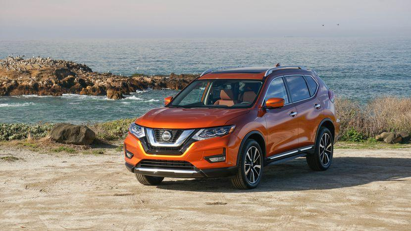 Nissan Rogue Vs Subaru Forester The Rogue Is Fuel Economic.