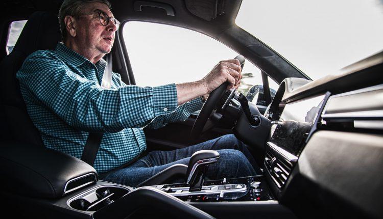 Best Cars For Tall People >> 10 Best Cars For Tall People: No More Cramming! - CAR FROM