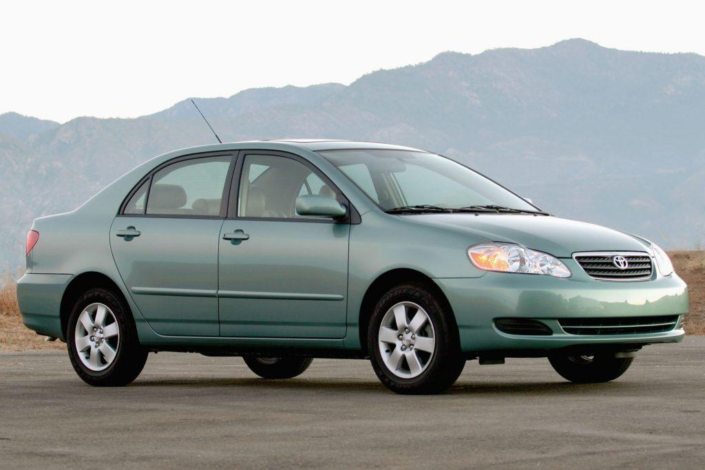 common  toyota corolla problems  list car  japan