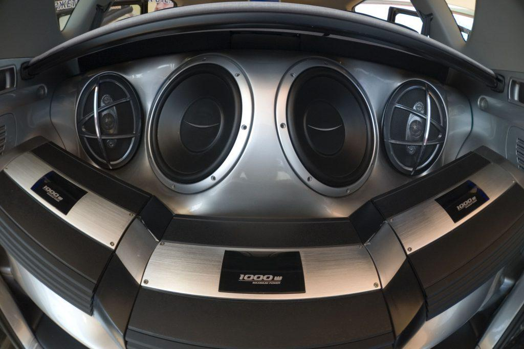 Top car stereo system
