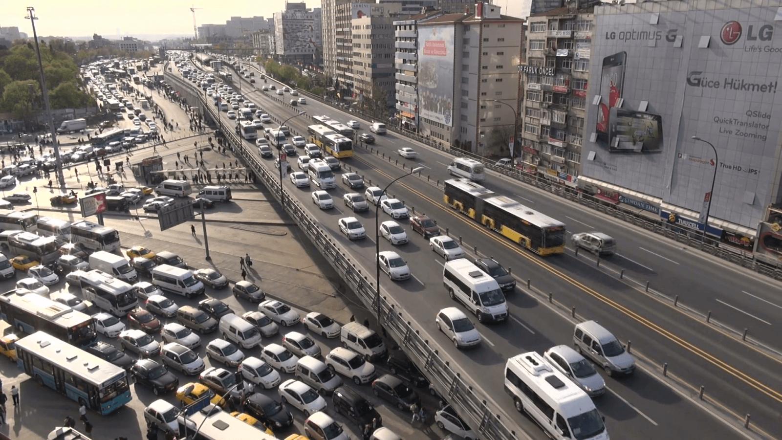 最悪のトラフィックを抱える都市とは何ですか?