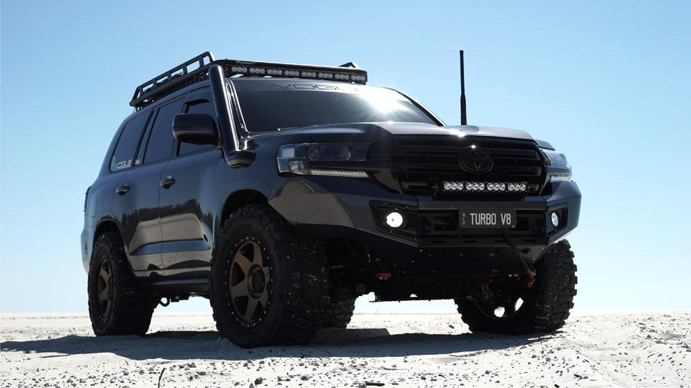 Toyota Kinetic Dynamic Suspension in Land Cruiser | CAR FROM