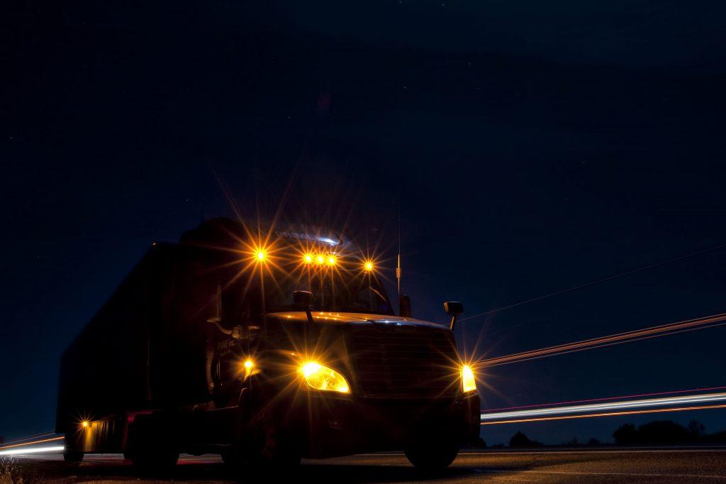 Why Do Truck Drivers Rarely Use Their High Beams At Night