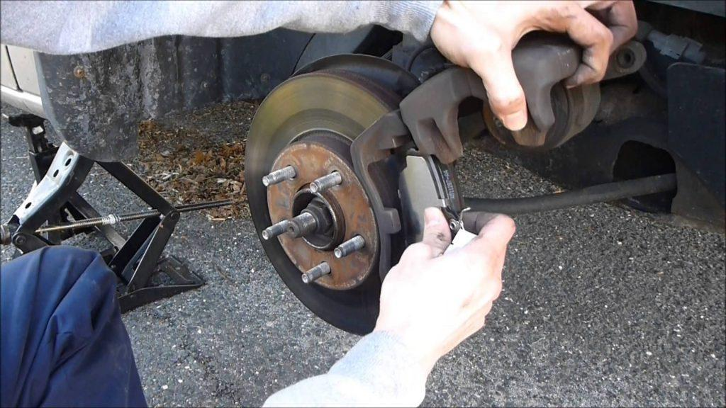 How Do You Reset The Brake Cable After Replacement Of The Manual Guide