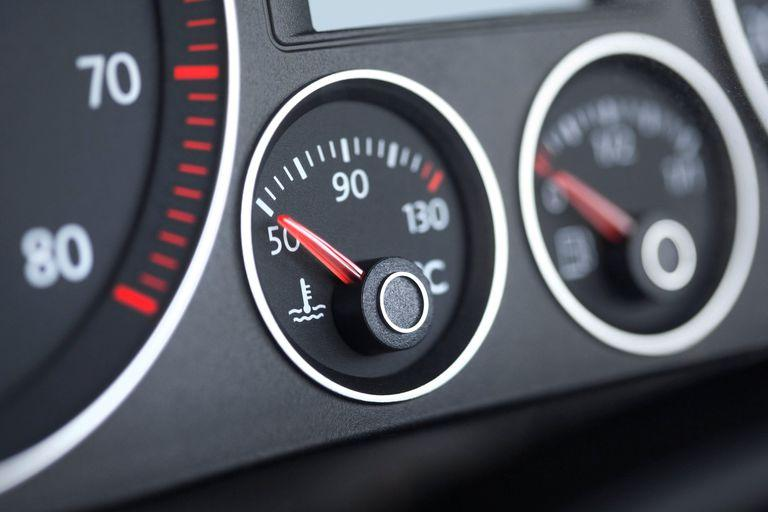 Fuel Gauge Reading Incorrectly: What Went Wrong? - CAR FROM JAPAN