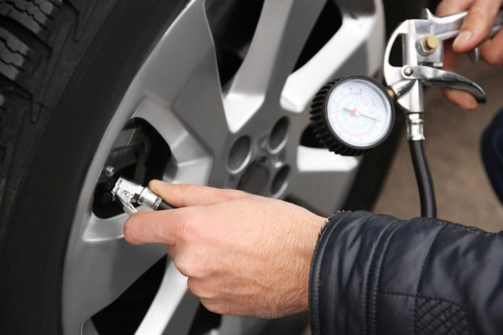 How To Put Air In Car Tires >> How Often Should You Put Air In Your Tires Learn Here